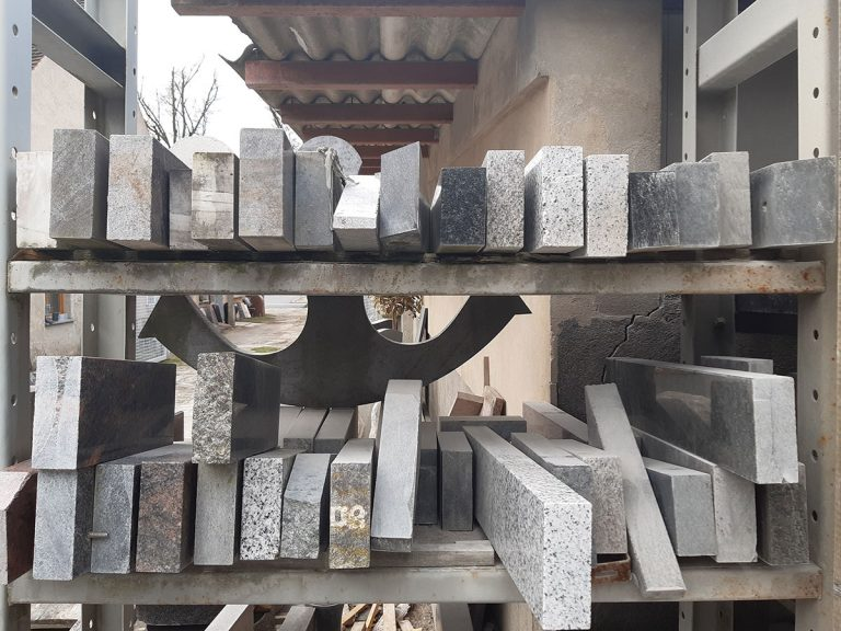 Steinmetz Eisenhüttenstadt-Arbeitsplatten aus Naturstein